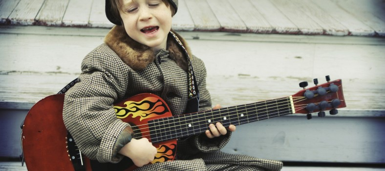 boy-with-guitar